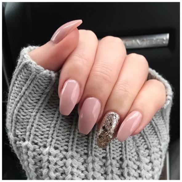 Manicure-category-nail-polish-nail-art-Glamfields